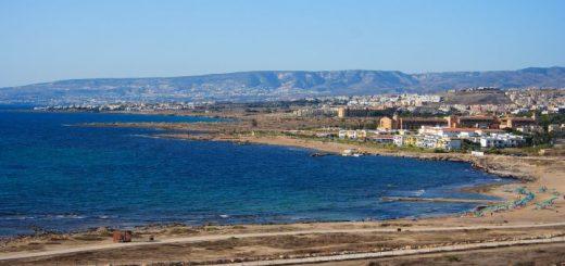 Cyperské pláže s výhľadom