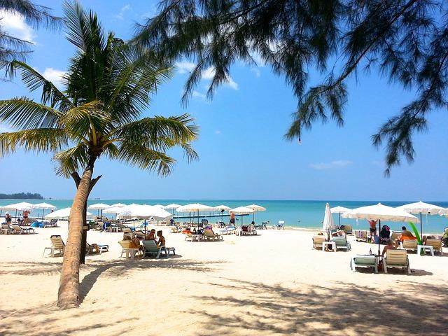 Phuket biely piesok na pláži
