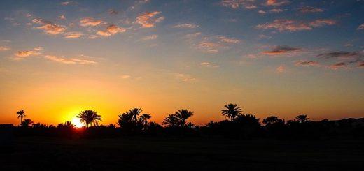 Západ slnka v Marakéši v Maroku