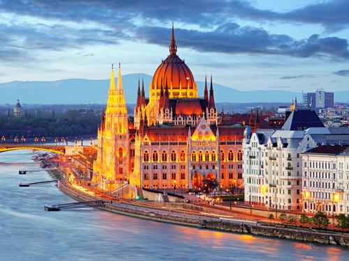 Maďarský parlament, Budapešť