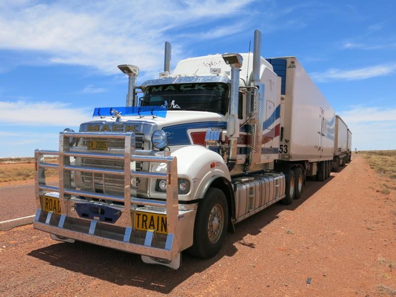 Kamión Road Train v Austrálii