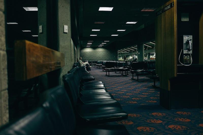 Letisko čakanie na let