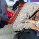 Spánok na letisku