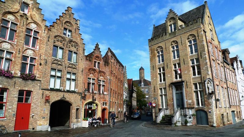 mestečko Brugy