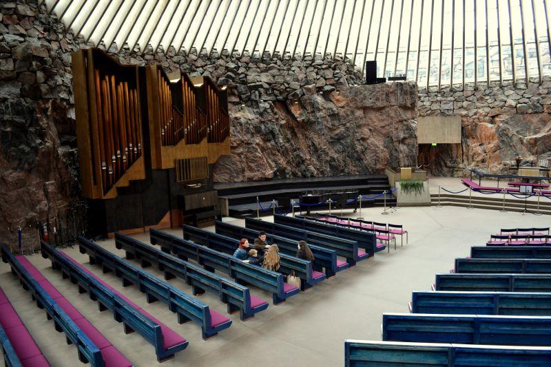 Kamenný kostol Temppeliaukio