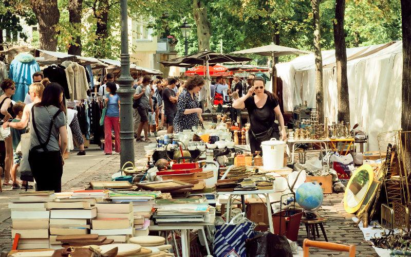 Trh v Mauerparku