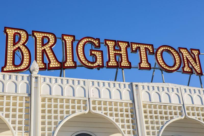 Brighton svetelná tabuľa